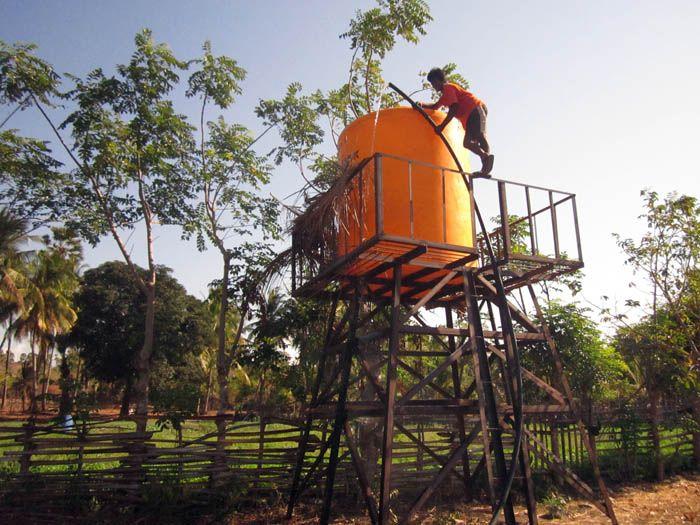 Implementasi pompa air tenaga surya lorentz di Eimau - NTT - 9
