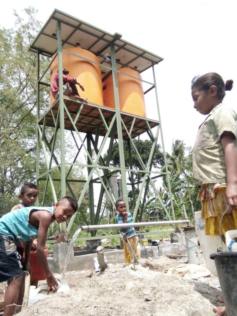 Implementasi pompa air tenaga surya lorentz di kota komba - 2