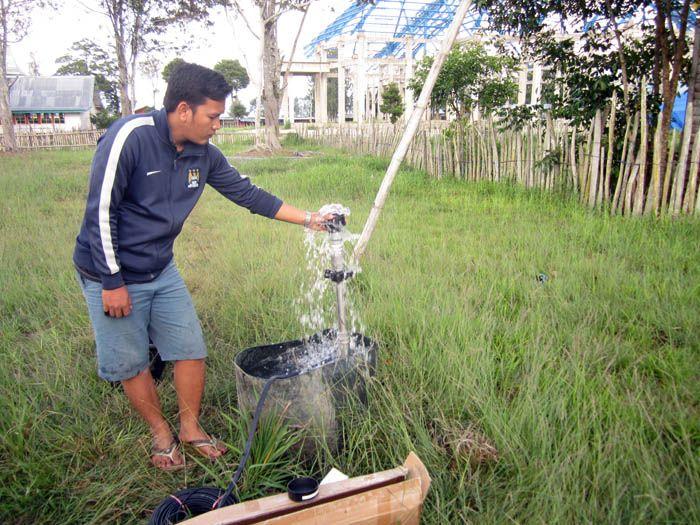 Implementasi pompa air tenaga surya lorentz di Nabire - Papua - 4