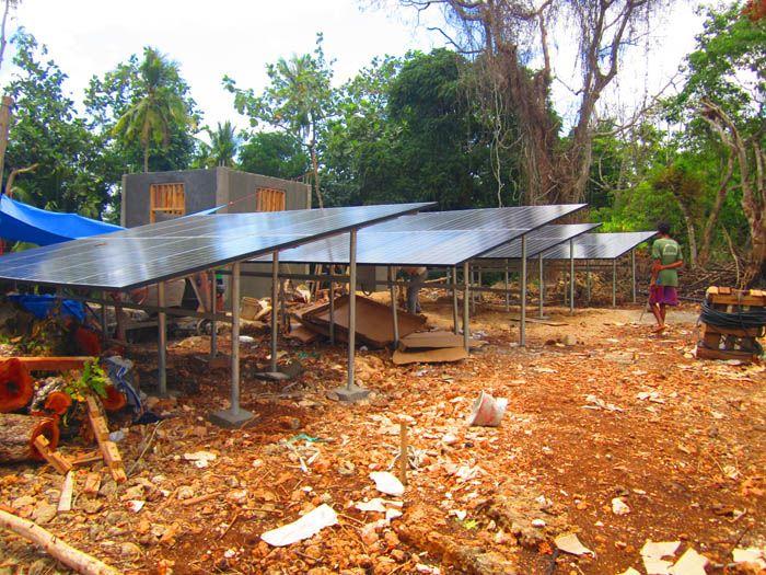 Implementasi pompa air tenaga surya lorentz di Nusa Tenggara Timur - 1