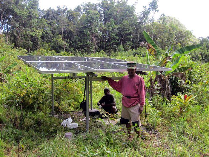 Implementasi pompa air tenaga surya lorentz di sorong 4 - 1